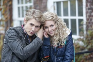 The Carrie Diaries, AnnaSophia Robb, Austin Butler