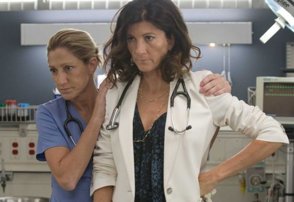 Lazlo's Clicker: Nurse Jackie, The Big C - GuysGirl- Sports & Entertainment with a feminine flair