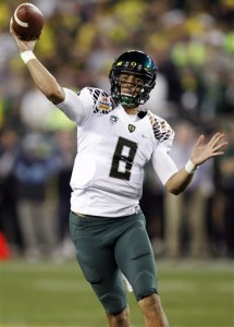 Marcus Mariota (AP Photo/Paul Connors)