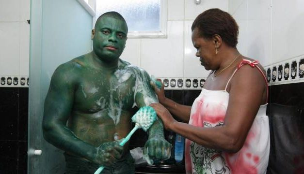 Whoops: Guy paints himself Hulk-Green with industrial strength paint. And it doesn't come off.