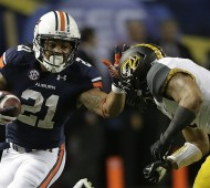 Auburn RB Tre Mason had a huge day in the SEC title game (AP Photo/Dave Martin)