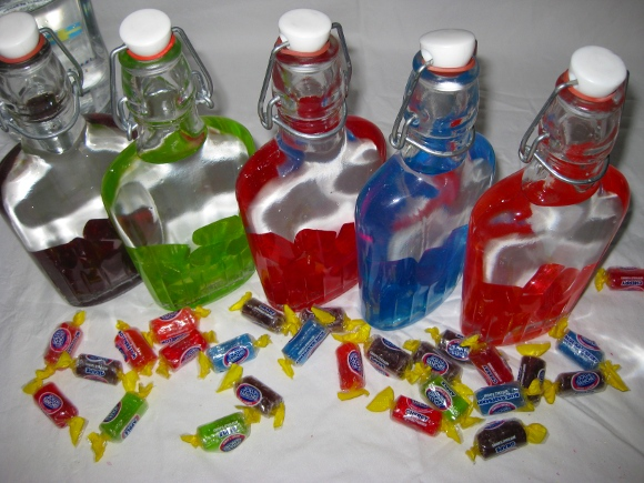 How To Make Spiked Gummy Bears, Jolly Ranchers and Skittles Vodka