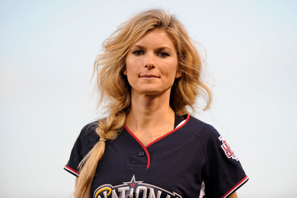 Cute Hairstyles To Rock At A Baseball Game Guysgirl
