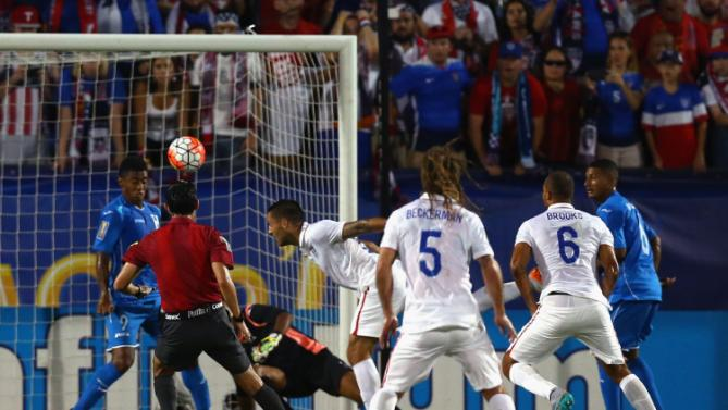 Watch Clint Dempsey score two goals, beat Honduras