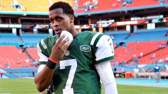 Geno Smith out 6-10 weeks with broken jaw after locker room fight